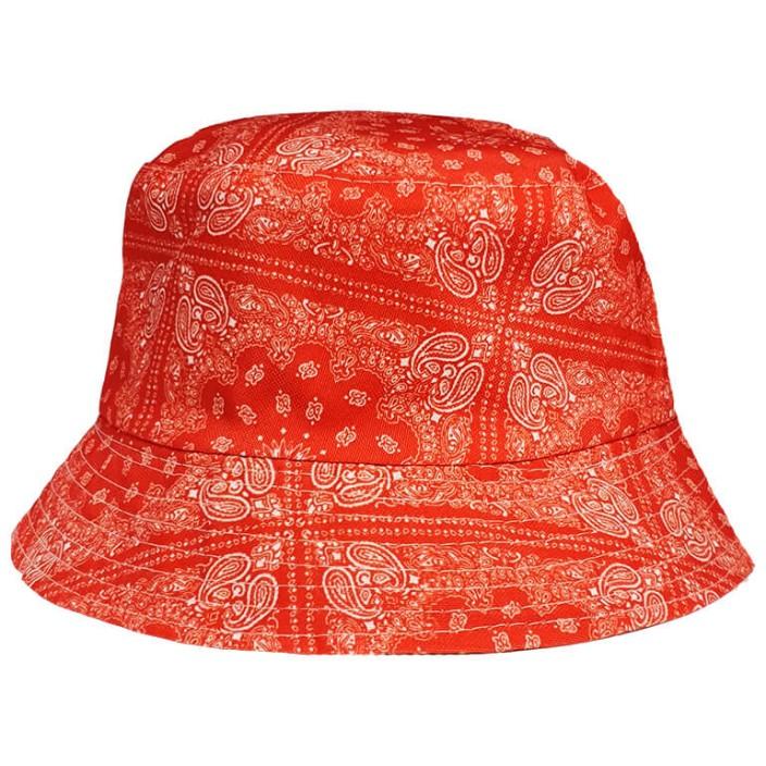 כובע טמבל אדום בנדנה